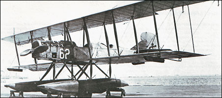 Curtiss R-3