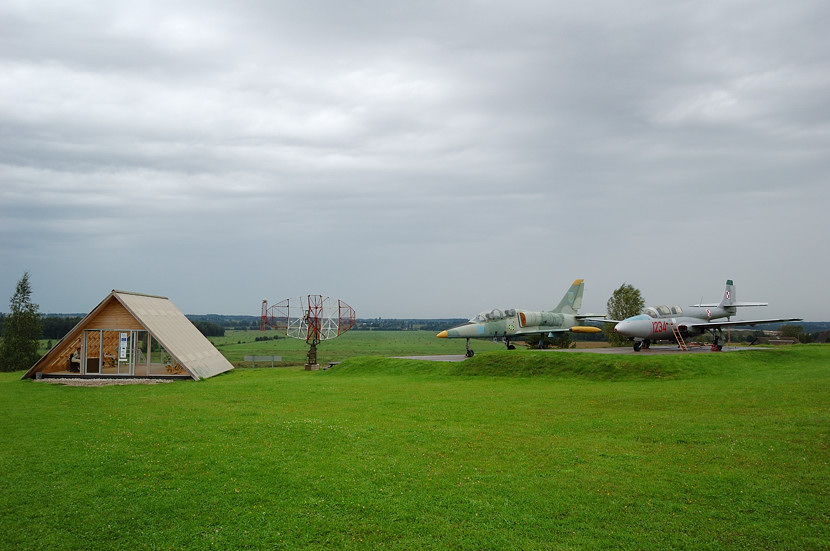 L-39 and TS-11 Iskra at the museum entrance