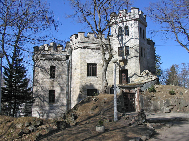 THE GLEHN CASTLE IN TALLINN, ESTONIA