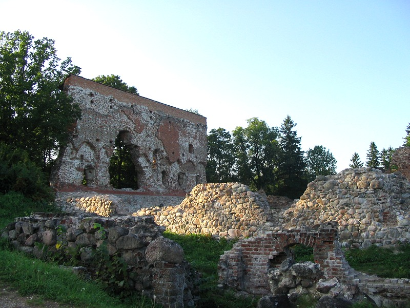 viljandi women Experience the medieval architecture, untouched nature and nordic food in estonia.